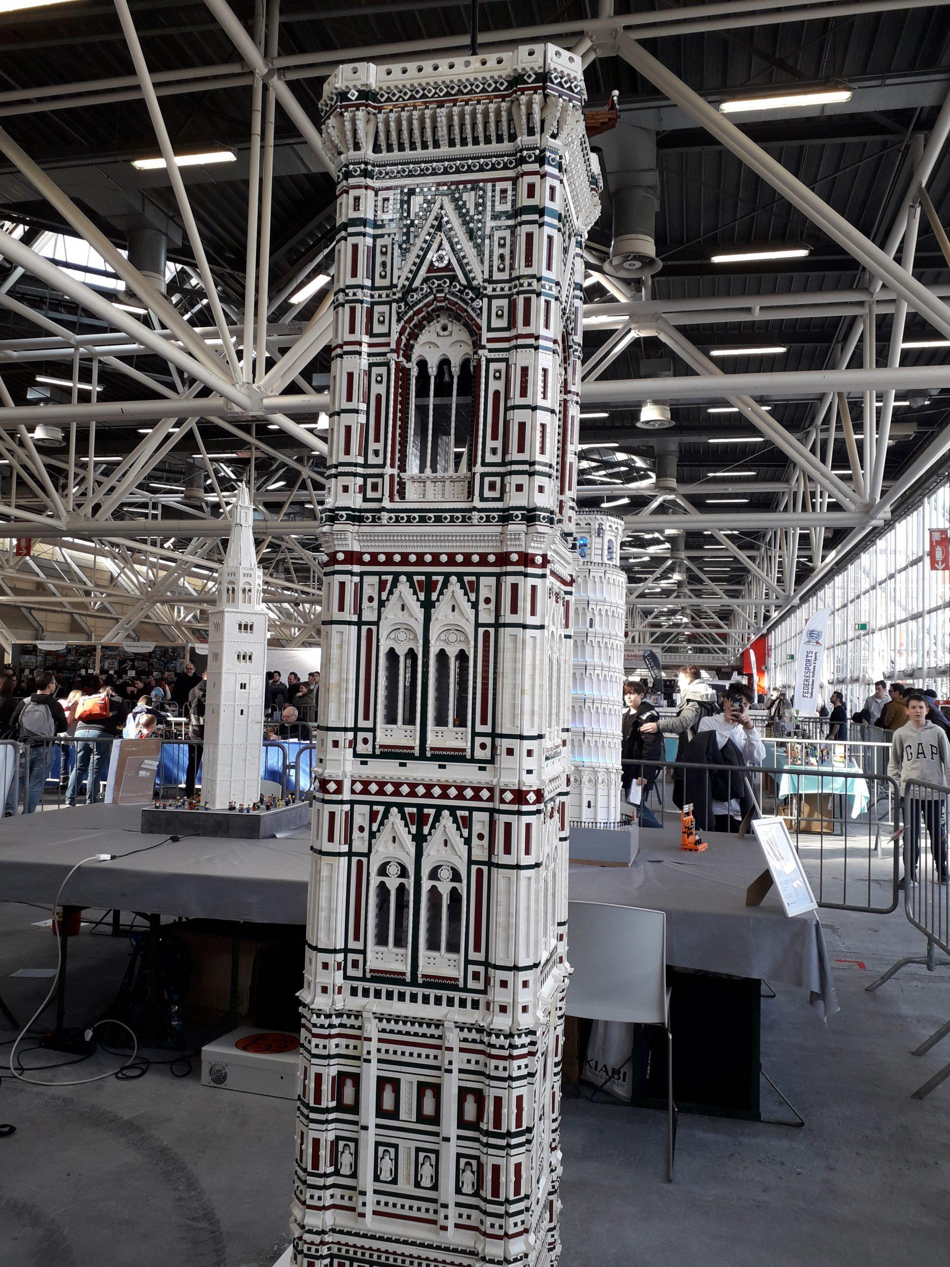 Immagine campanile di Giotto fatto coi lego al Nerd Show